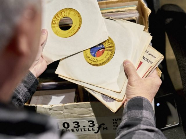 2nd Annual 103.3 Asheville FM Record Fair